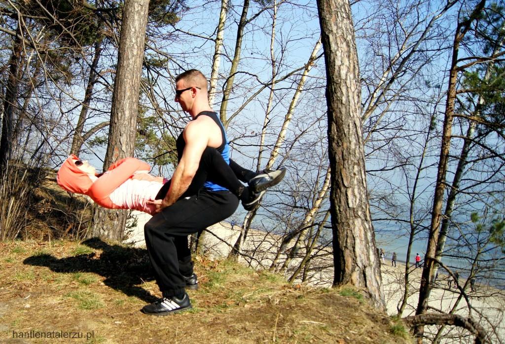 Ćwiczenie na brzuch w parze